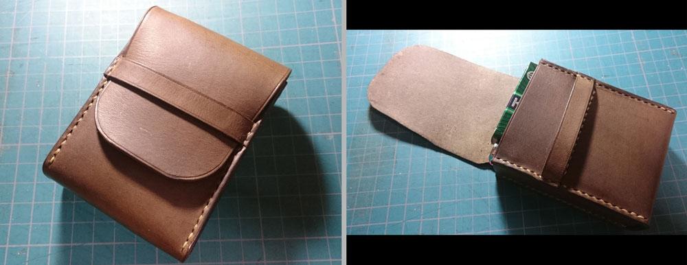 エルバマットで作製したタバコケースです。フラップを引き出すとタバコも出てくる仕組みになっています。